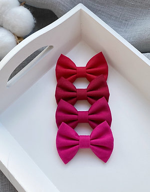 Red Cotton Bows