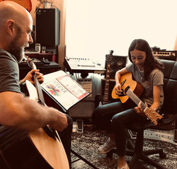 Guitar & Bass Lessons with Johnny Lightf