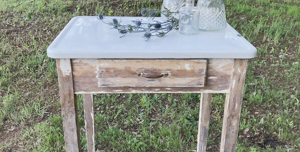 Redmond Table