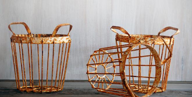 Rusty Small Egg Baskets