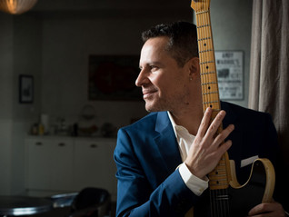 HOT SHOW - SEPT 12: Guy King at The Venue/Mundy Park in Aurora