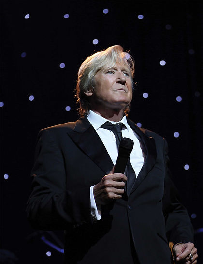 JoeLongthorne2Red.jpg