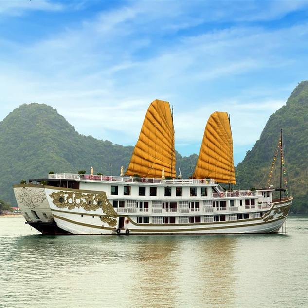 halong-bay-cruise-ship.jpg