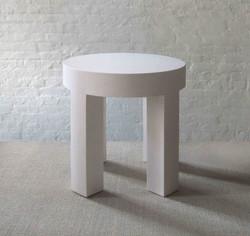 ROUND CORK TABLE