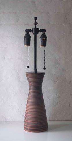 BROWN RIBBED LAMP