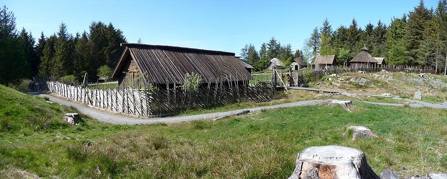 The_Viking_Farm,_Avaldsnes_05.2010_-_pan