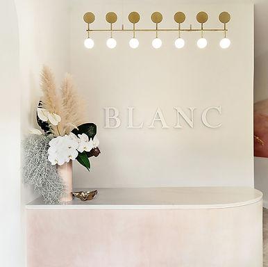 BLANC-1.jpg