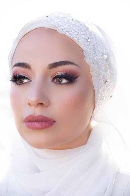hijabi bridal rose toned makeup look by marrakech bridal makeup artist haley navarro