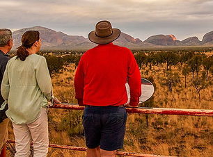CroppedImage800440-Y3-Kata-Tjuta-Viewing