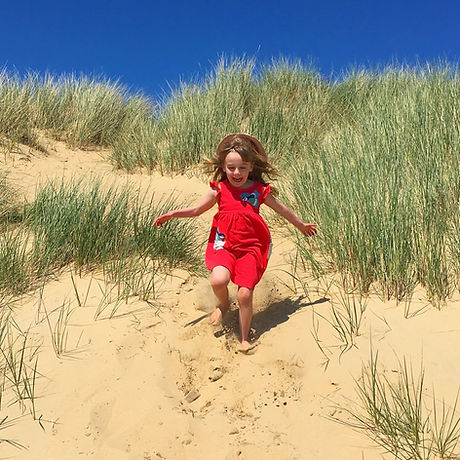 Free family day out Rye East Sussex. Sandy beach and dunes