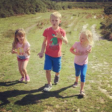 Child friendly walk Ashdown Forest. Free fun for all ages. Haywards Heath West Sussex. Easy walk