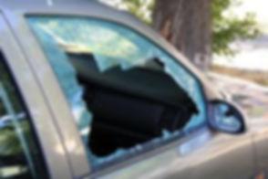 auto glass repair by catz windshield.jpg