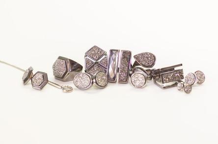 SAABI semi-jóias