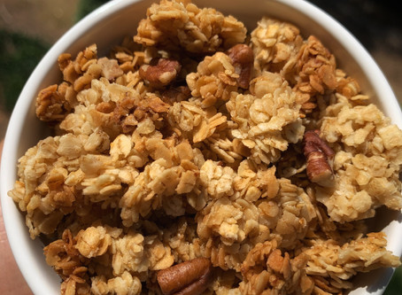 Maple-Vanilla Chunky Granola
