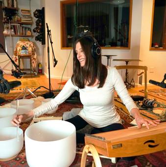MB_Studio_Monochord_Bowls_SQ.jpg