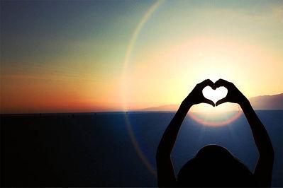 Heart_sunset.jpg