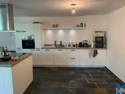 Nieuwe keuken voorzien electra en stucwe