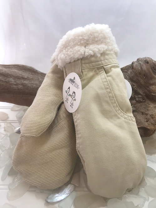 Woman's Recycled Mittens