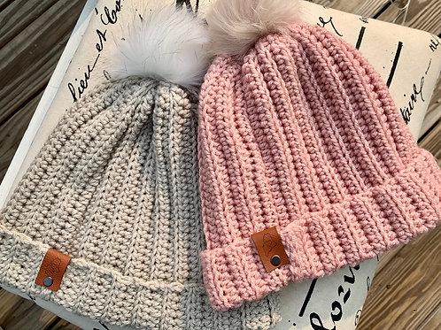 Pom slouchie hat and coffee cozy class