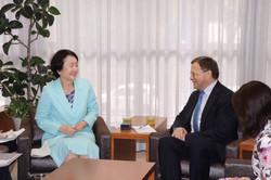 横浜市長とブルガリア大使
