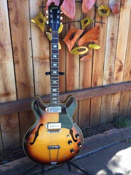 Gibson-es330
