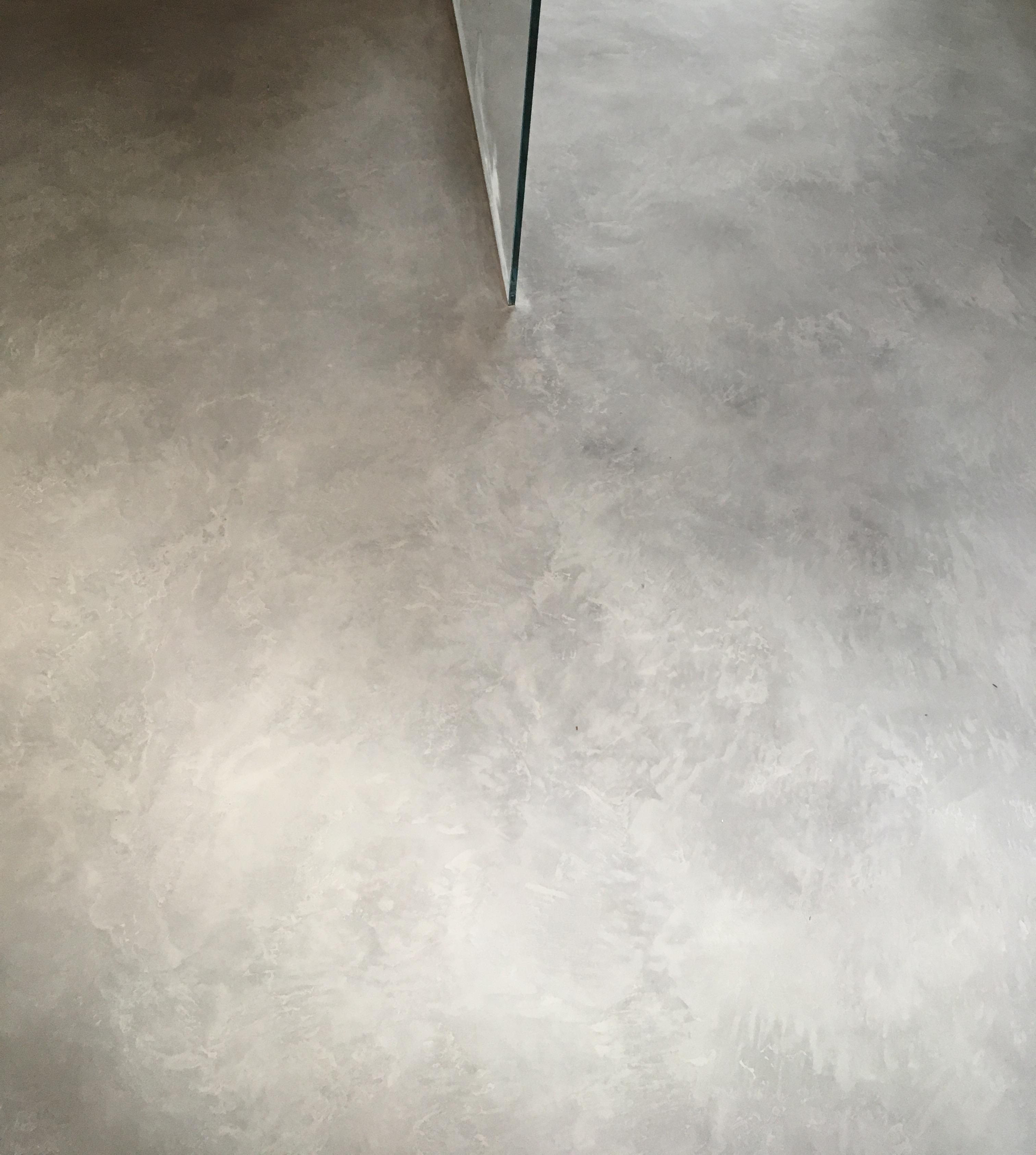 Plancher douche-Béton/Micro Ciment