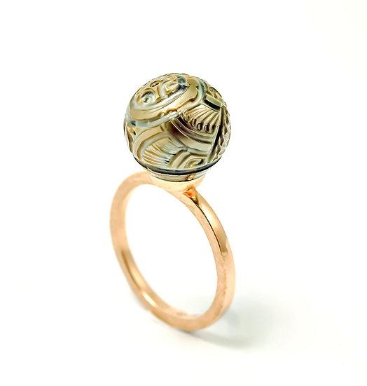"""Pierścień """"Rzeźbiona w Perle"""""""