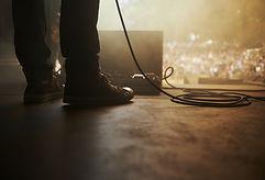 na pódiu