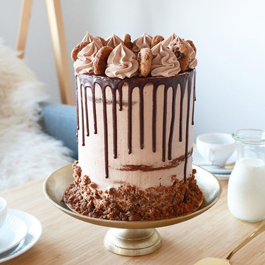Chocolate Cookie Dripcake