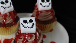 Blutige Rotwein-Cupcakes