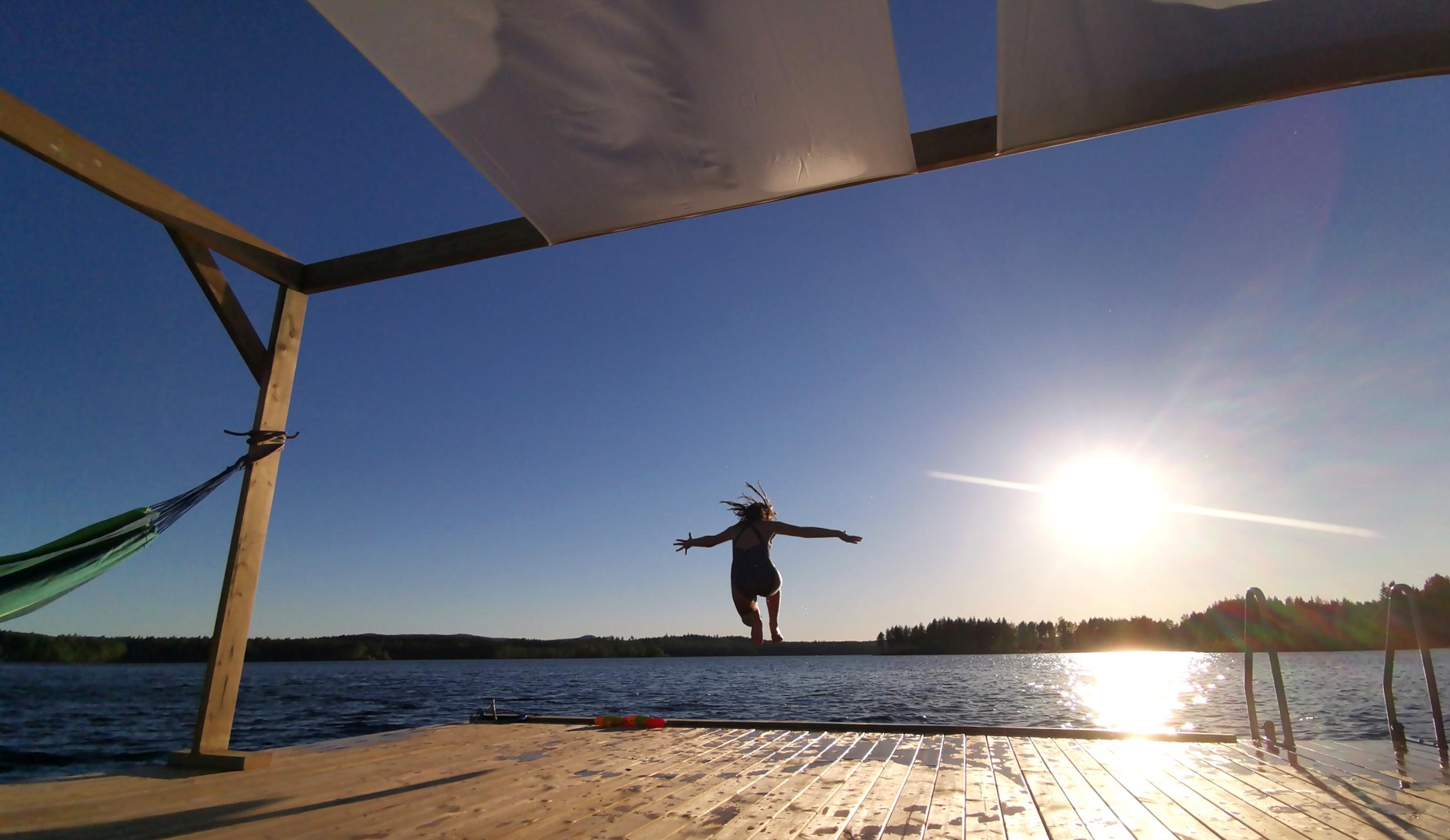Extremt inspirerande att bad från Bastuflotten. Badkrukor brukar omvändas!