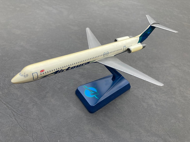 Airtours MD83 aircraft model