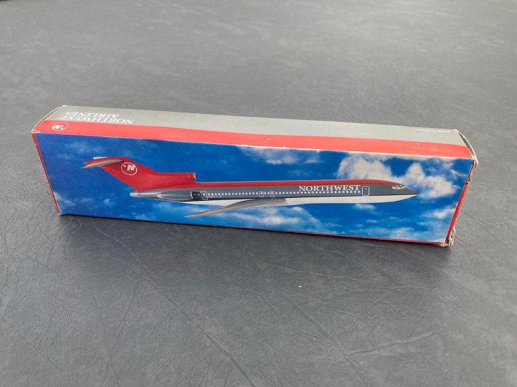 NorthWest 727-200 aircraft model