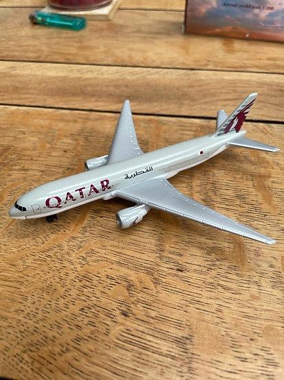 Qatar Airways B777 1/400 Socatec Model