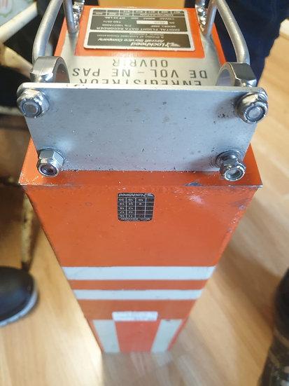 BAE146 Analogue Flight deck recorder