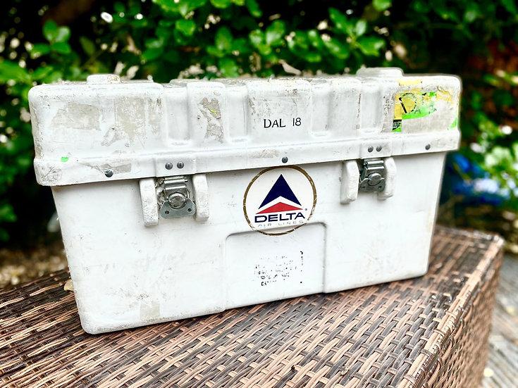 Retro Delta Airlines spares box