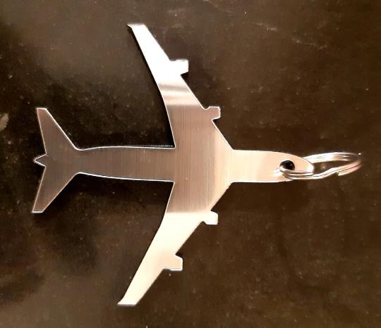 Aircraft shape keyring