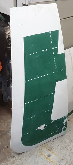 """Alitalia A321 """"t"""" letter from aircraft fuselage"""
