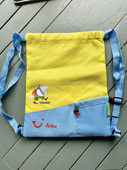 Arke Fly children's back pack with colouring book