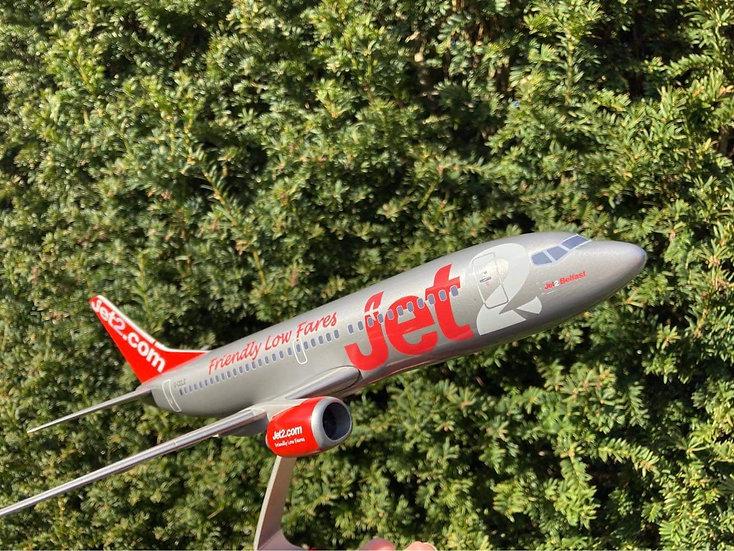 Jet2 B733 G-CELE 1/100 resin model