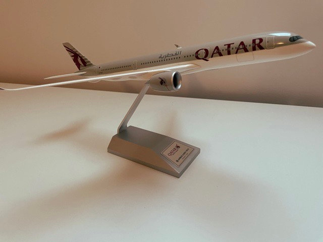 Qatar Airways Airbus 350 1:200 resin model