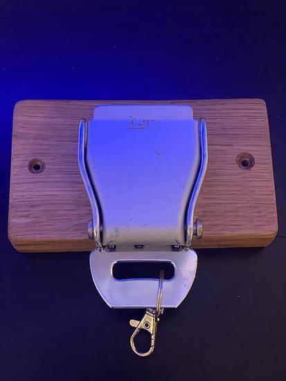Single belt buckle key rack