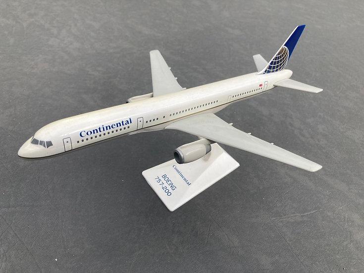 Continental 757-200 aircraft model