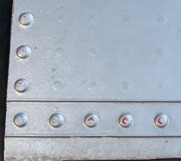 G-GDFH 12cm square skin section with rivets