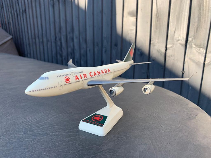 Air Canada 747-400 Wooster Model