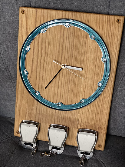 Seal ring clock and belt buckle key rack