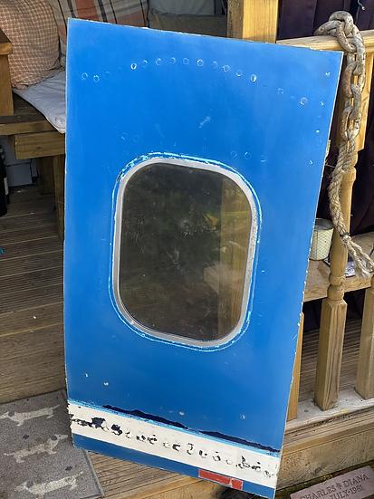 Olympic Airways SX-OAD B747-212B Single window
