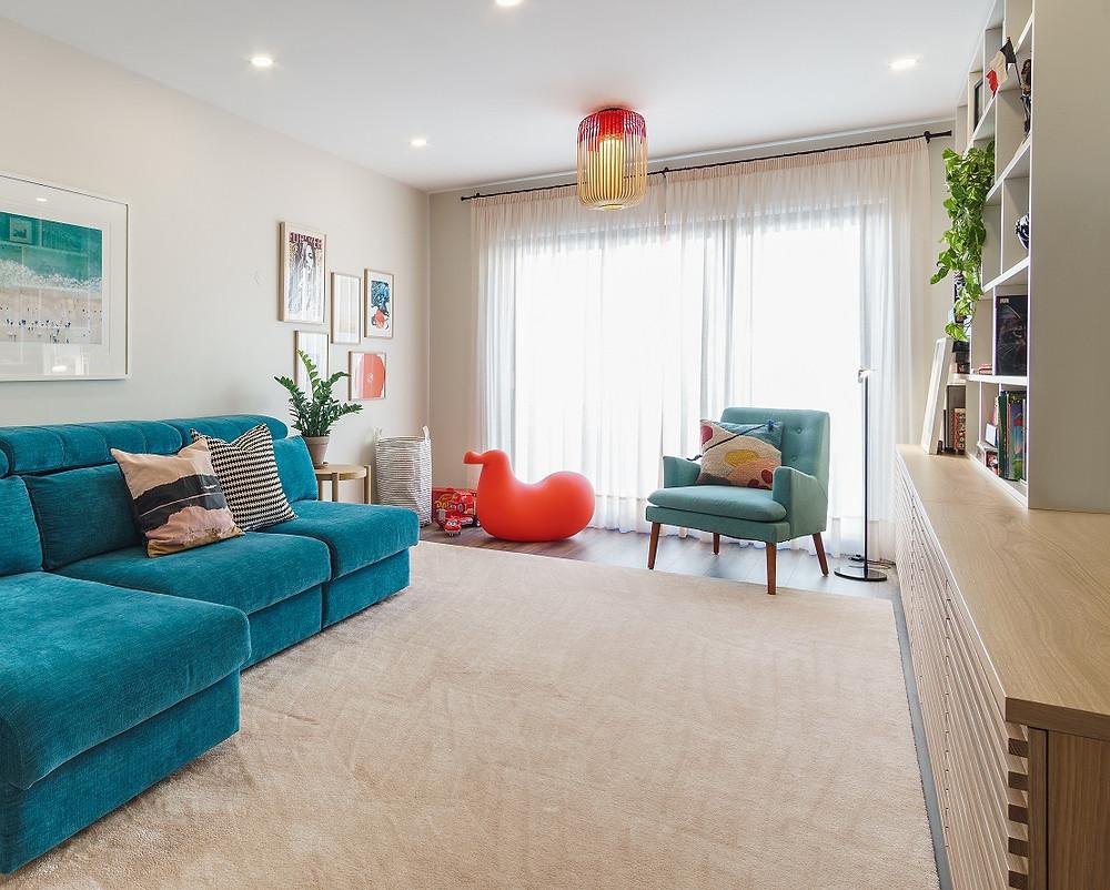 Renovação de sala em apartamento no centro da cidade do Porto. Melhores designers de interiores e decoradores Porto.