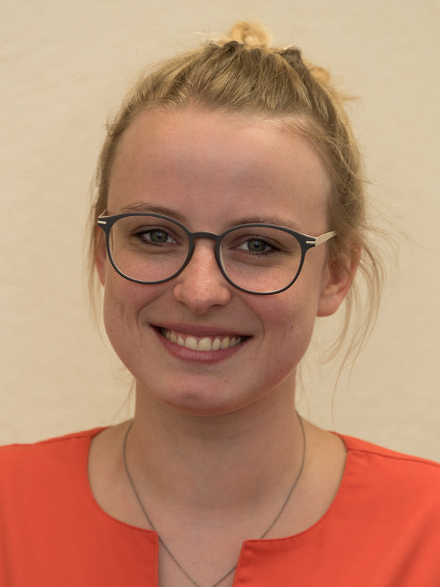 Laura Ammon