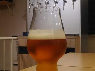 オープン記念ビール開栓!